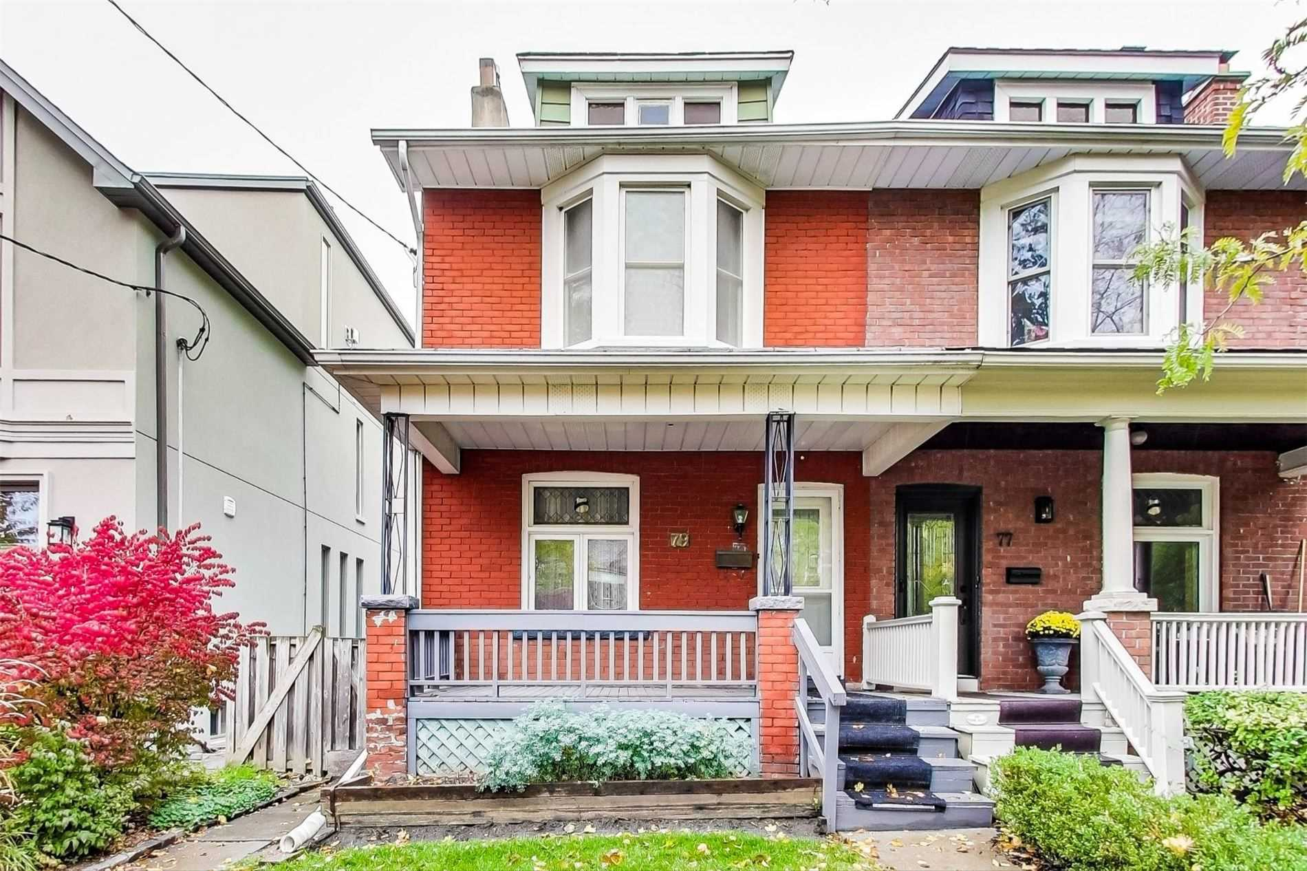 79 Chester Ave, Toronto, M4K2Z8