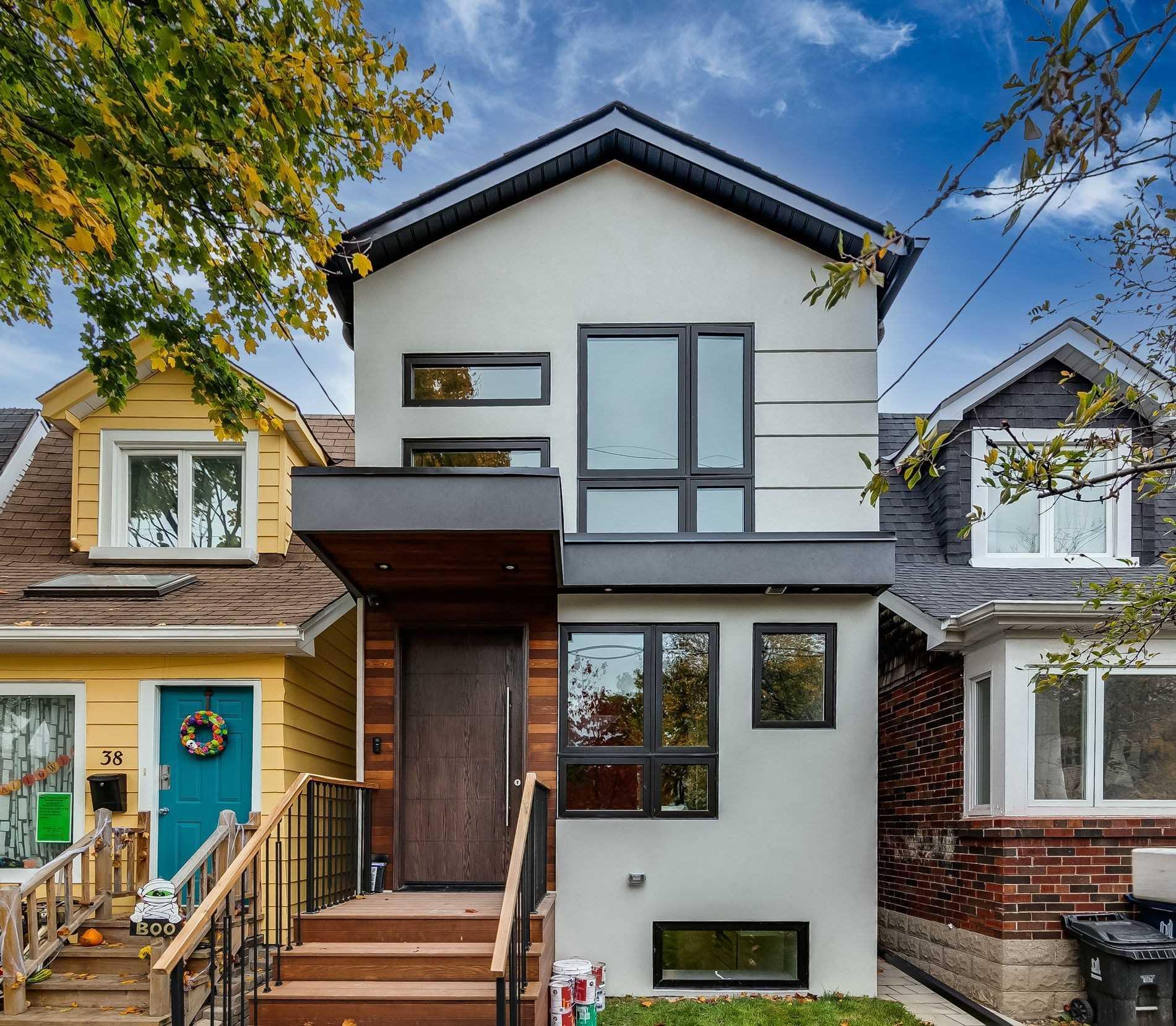 40 Aldwych Ave, Toronto, M4J1X2