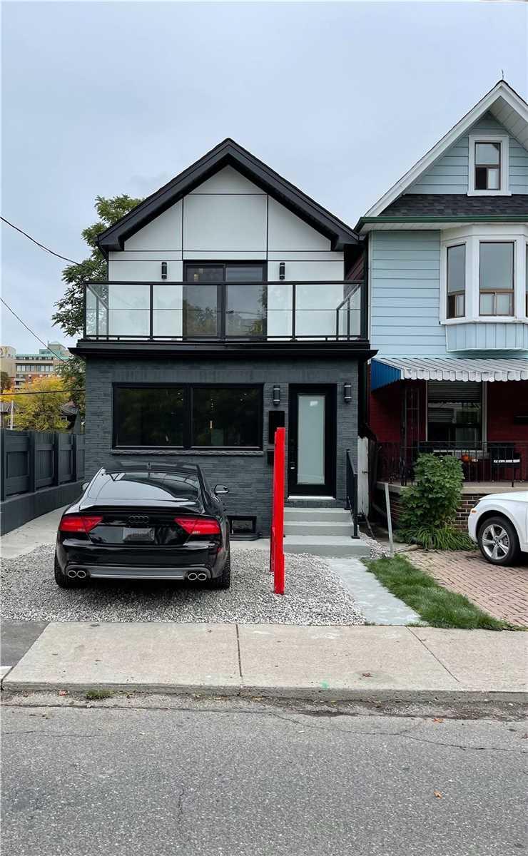17 Ferrier Ave, Toronto, M4K3H5
