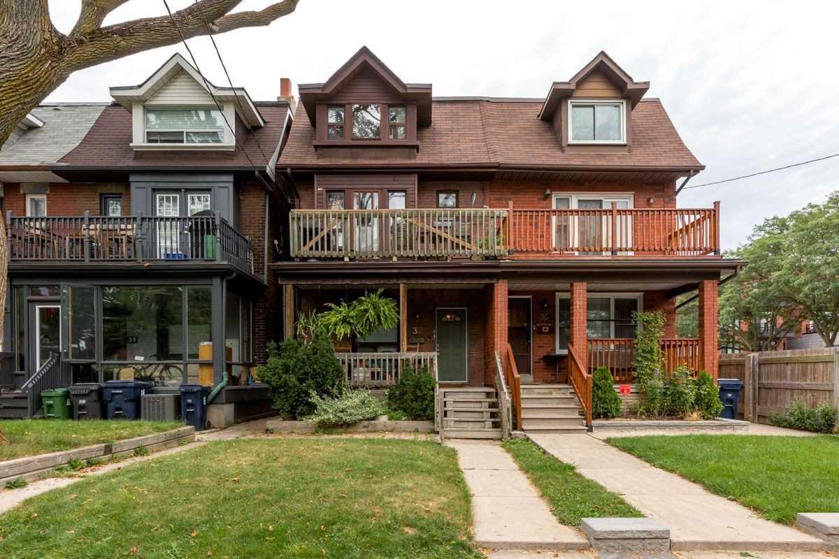37 Langford Ave, Toronto, M4J3E4