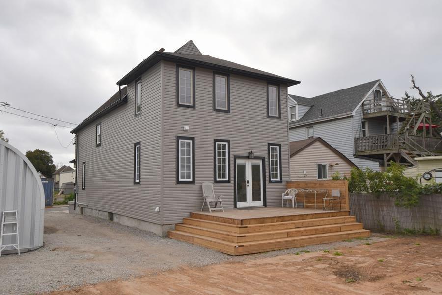 247 GIBSON Avenue, Hamilton H4059195