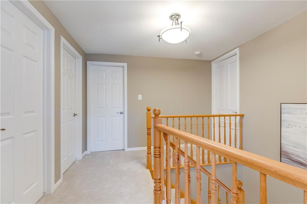 390 SWANSON Court, Burlington H4060355