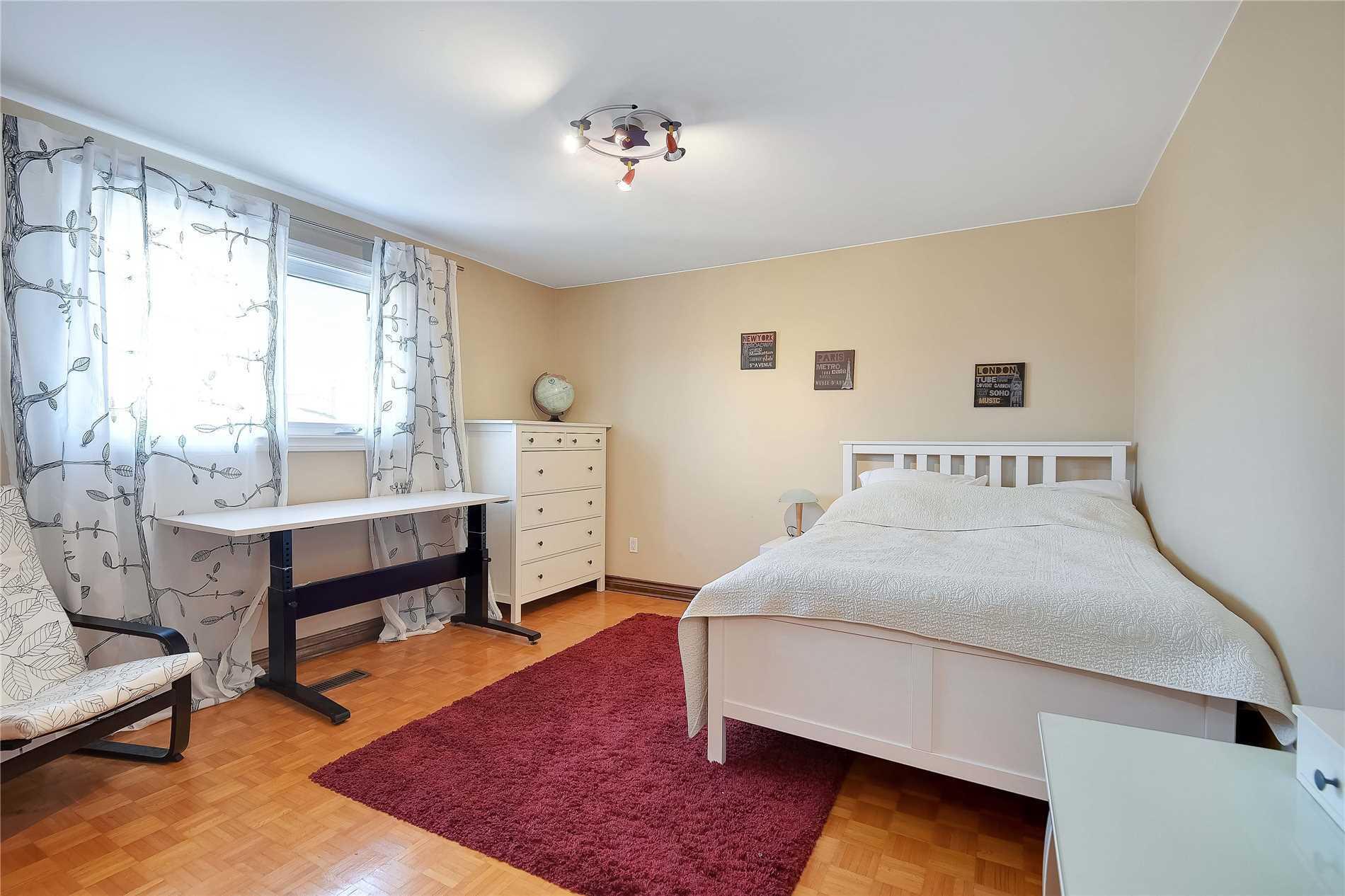 250 Weldrick Rd W, Richmond Hill N4402435