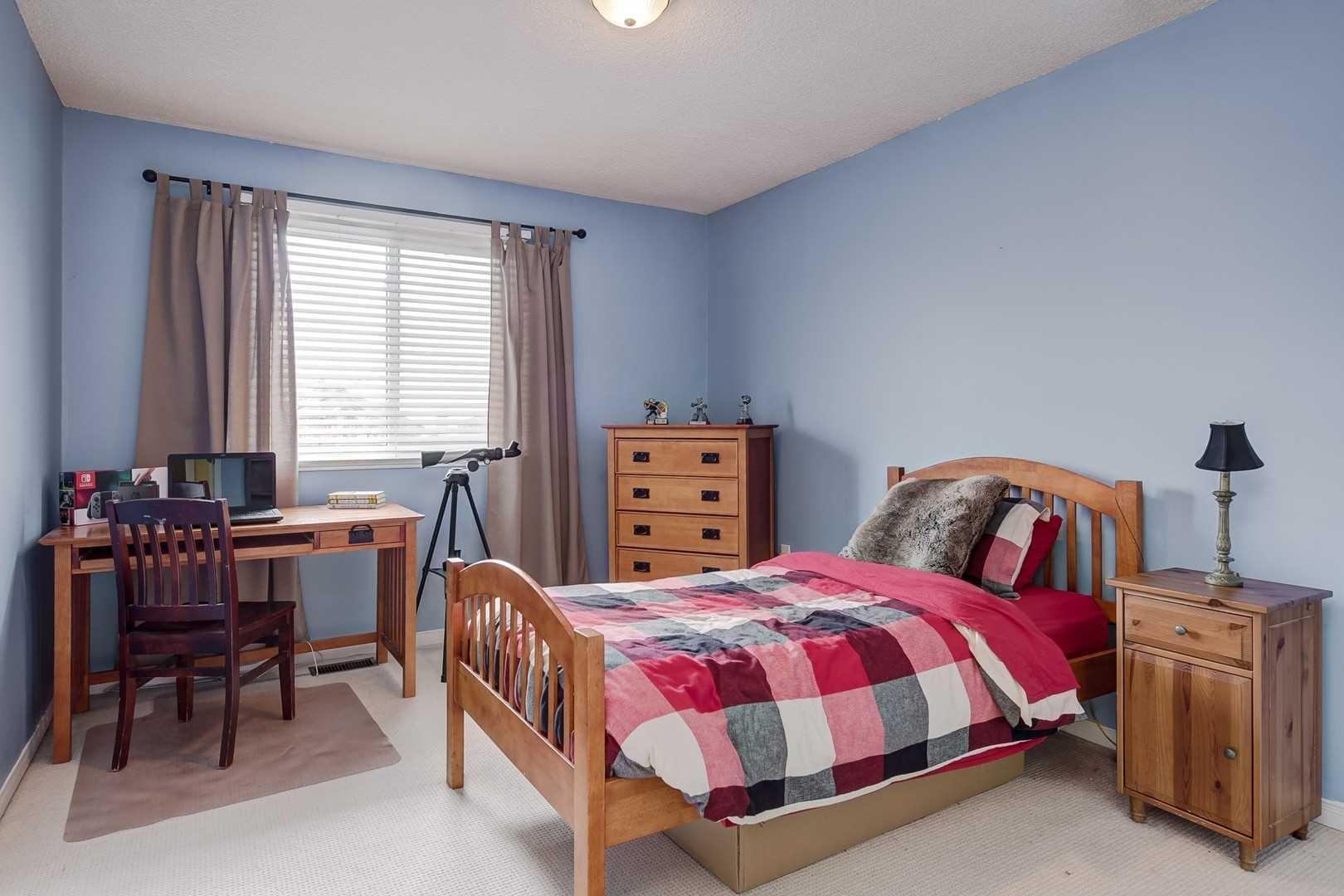 35 Royal Crt, Bradford West Gwillimbury N4426034