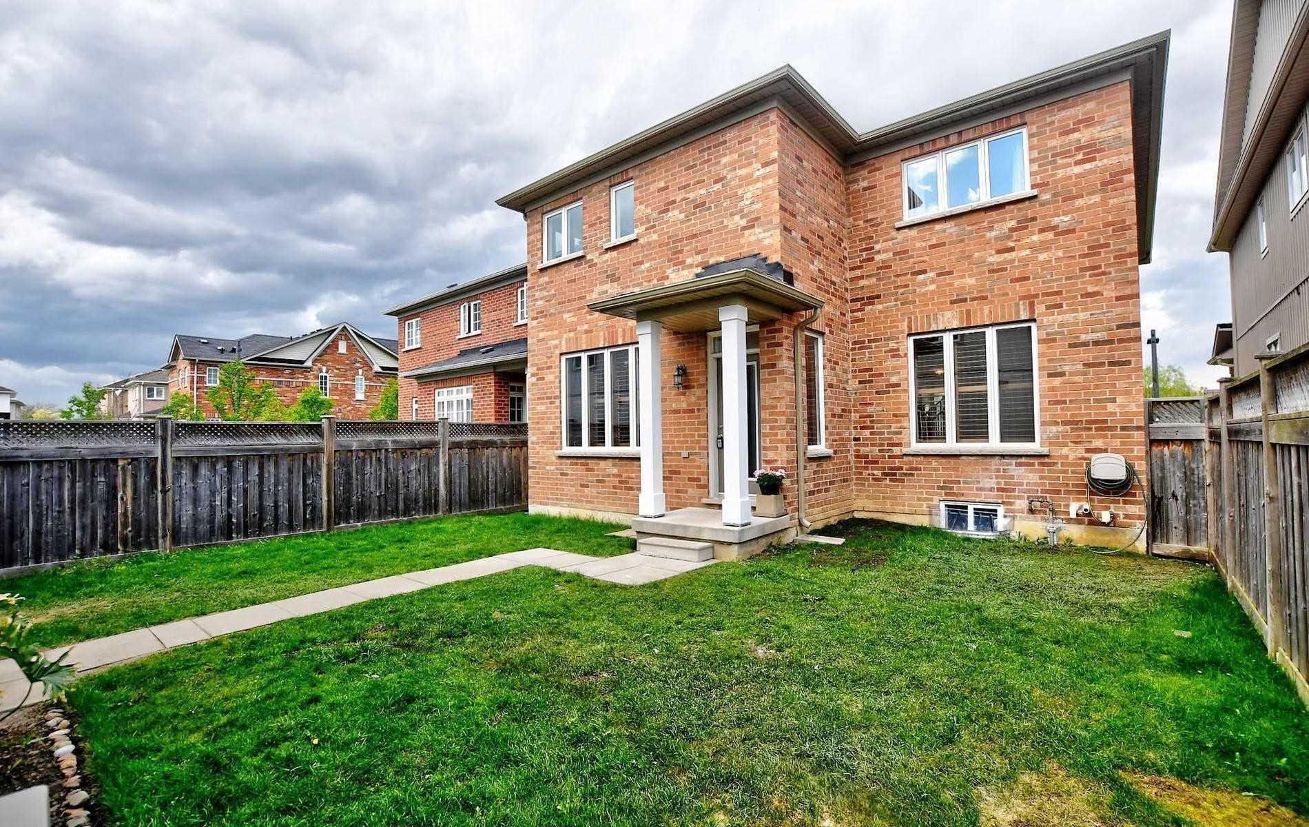 17 Oakmoor Lane, Markham N4483780