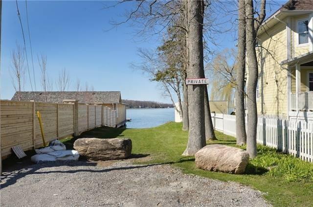 946 Lake Dr N, Georgina N4484773