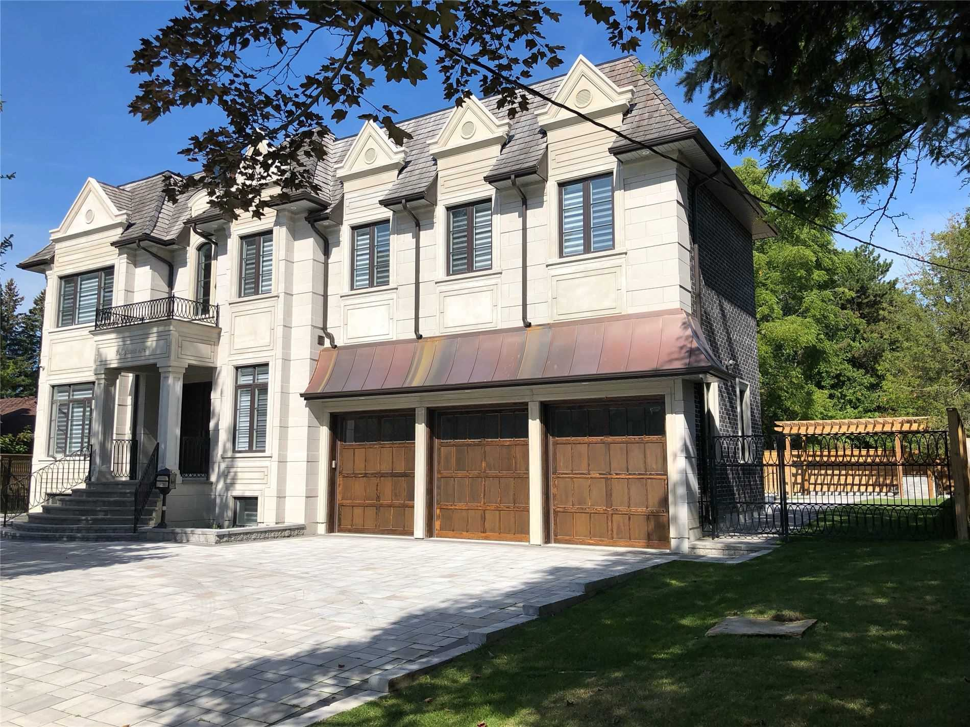 20 Uplands Ave, Vaughan N4533894