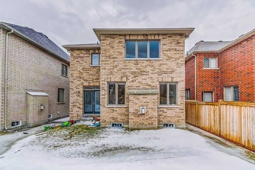 693 Yarfield Cres, Newmarket N4541122