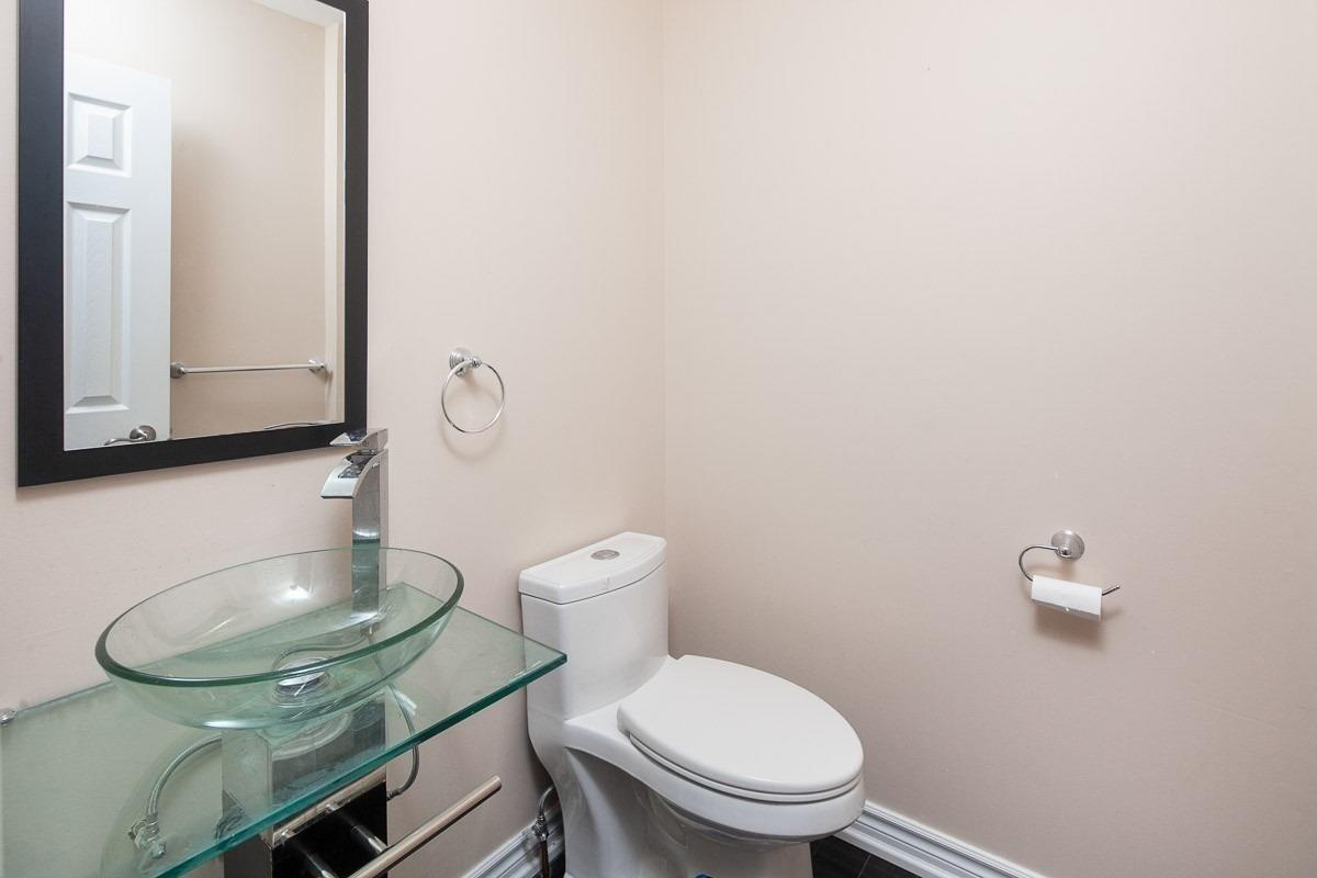 32 Strathearn Ave, Richmond Hill N4541611