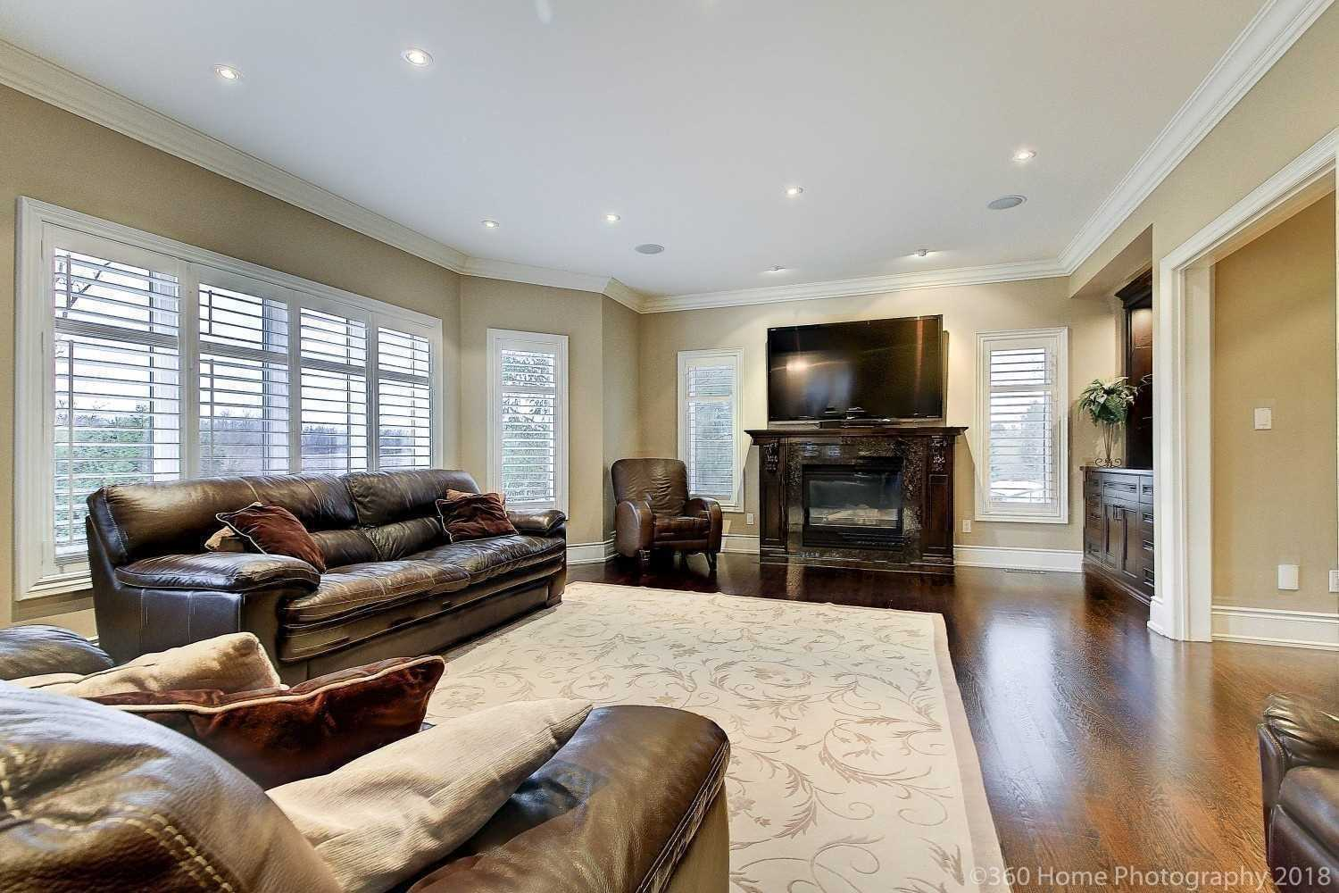 33 Wilderness Tr, Whitchurch-Stouffville N4556902