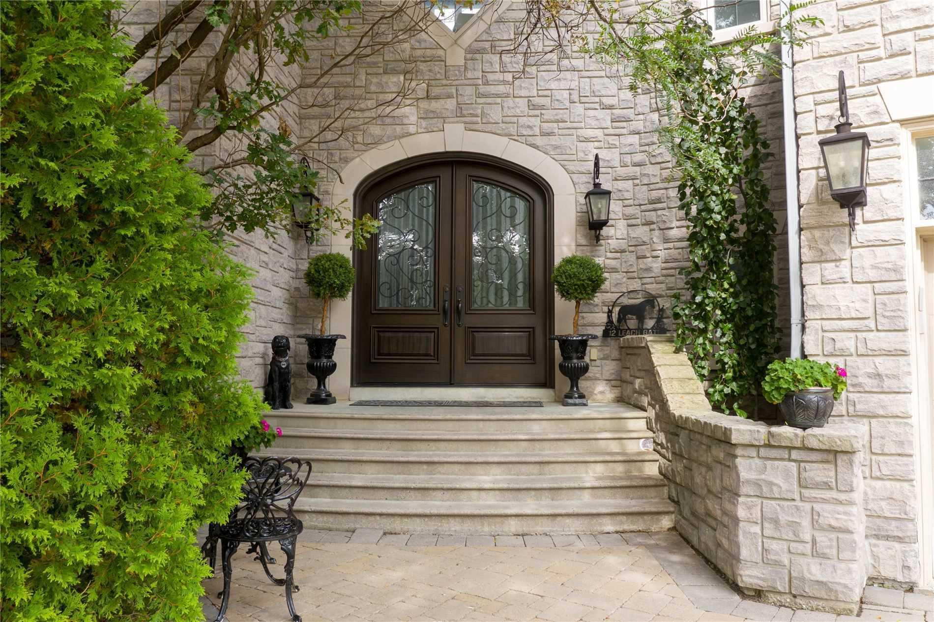 12 Leach Gate, Richmond Hill N4583075