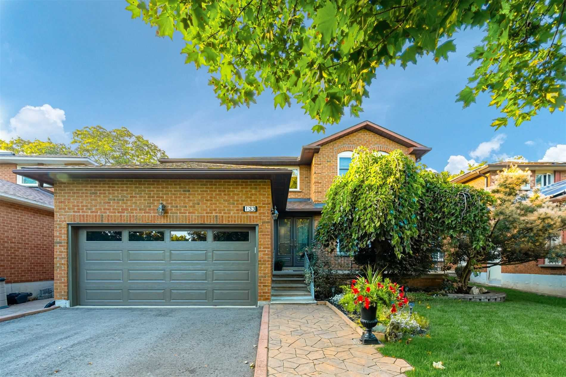 133 Carrington Dr, Richmond Hill N4583710