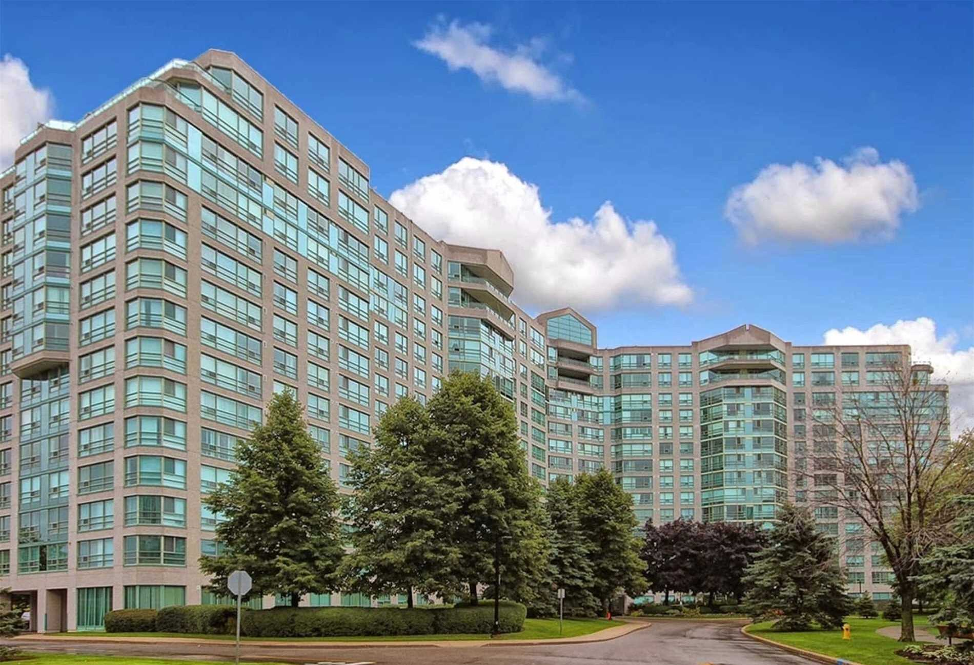 1219-7805-bayview-ave