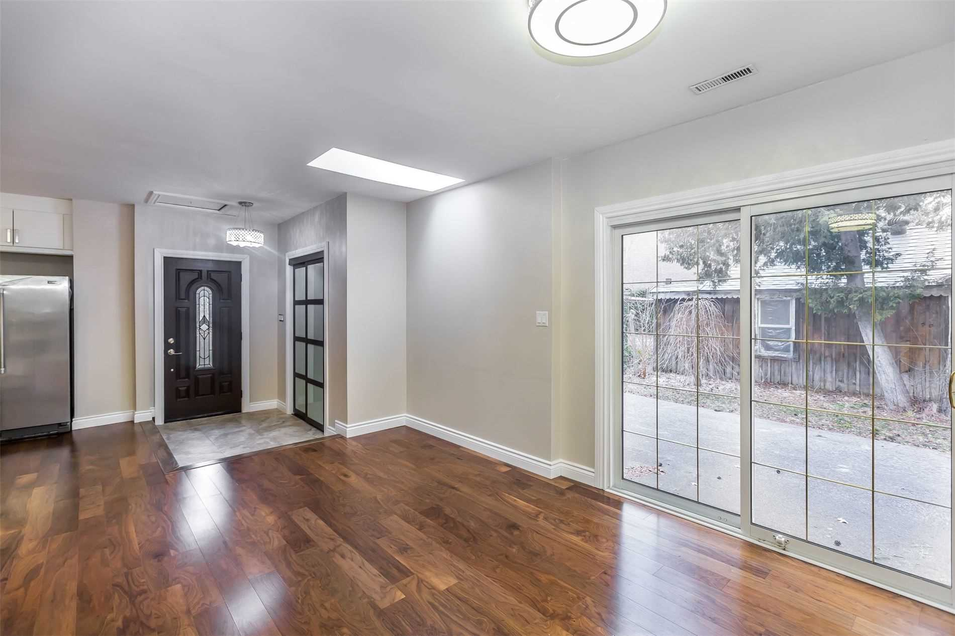 204 Olde Bayview Ave, Richmond Hill N4594318