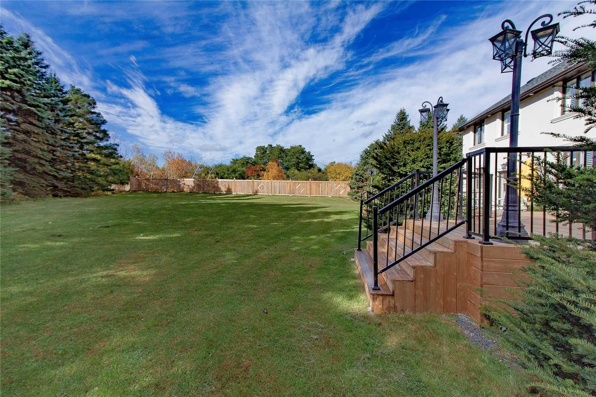 12 Woodland Acres Cres, Vaughan N4621823