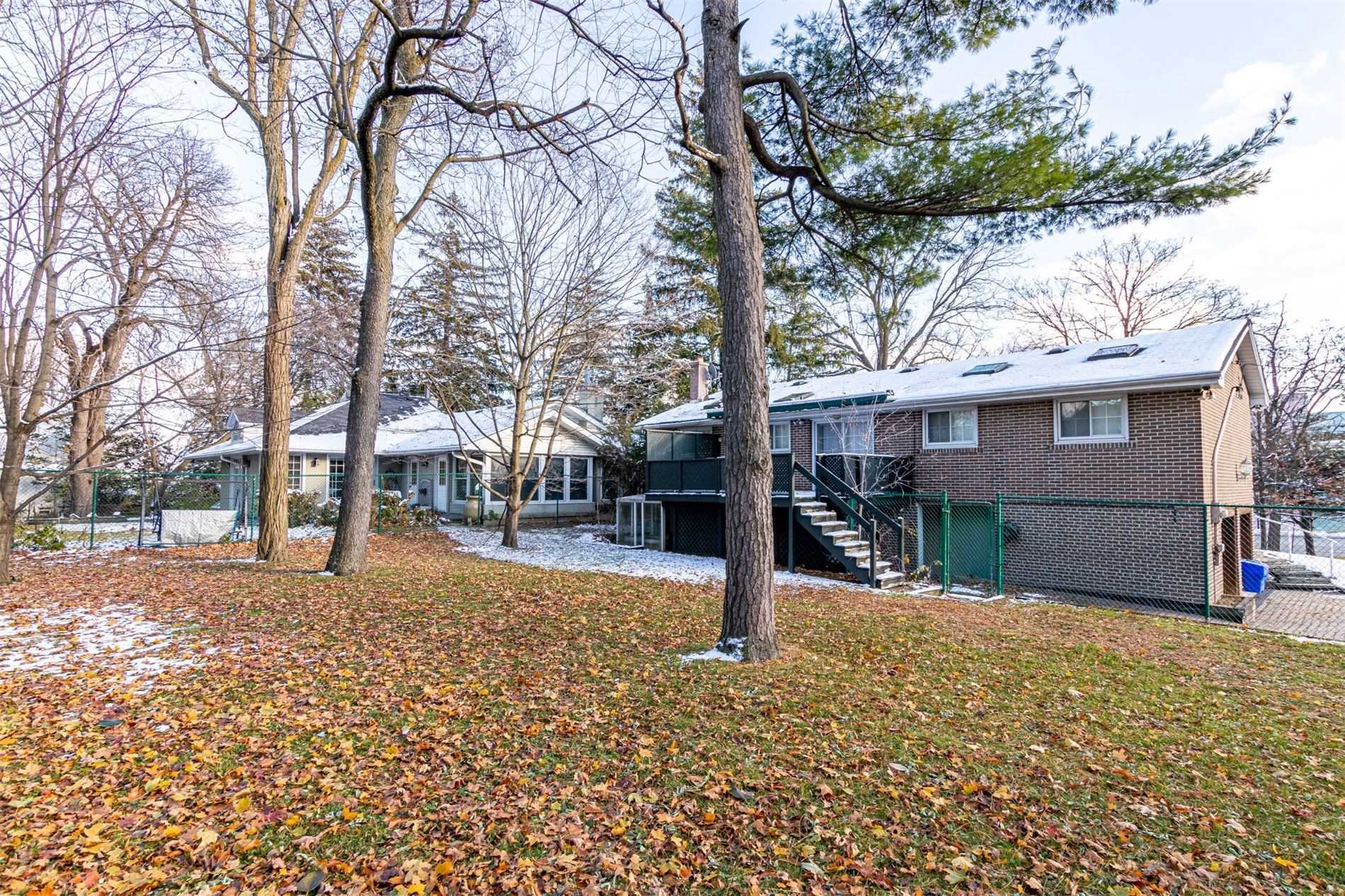 60 Major Mackenzie Dr W, Richmond Hill N4631731