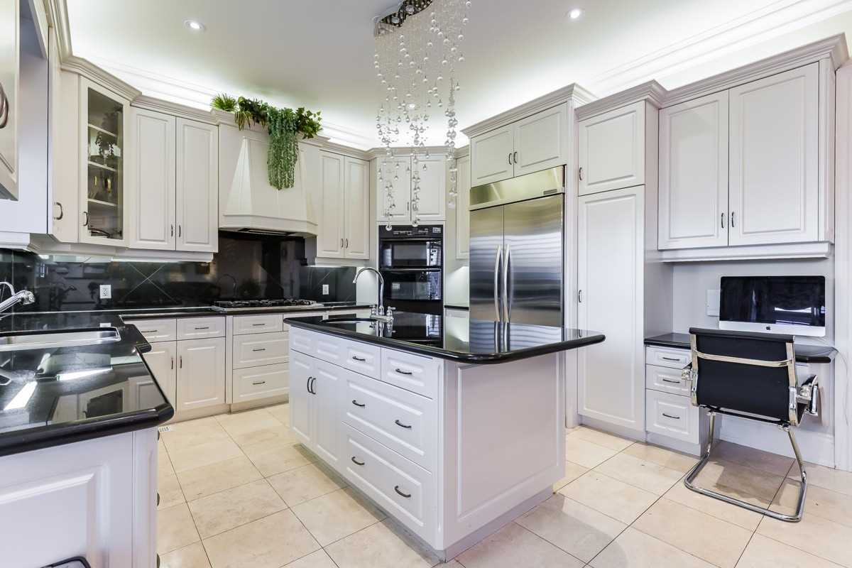 25 Frybrook Cres, Richmond Hill N4643848