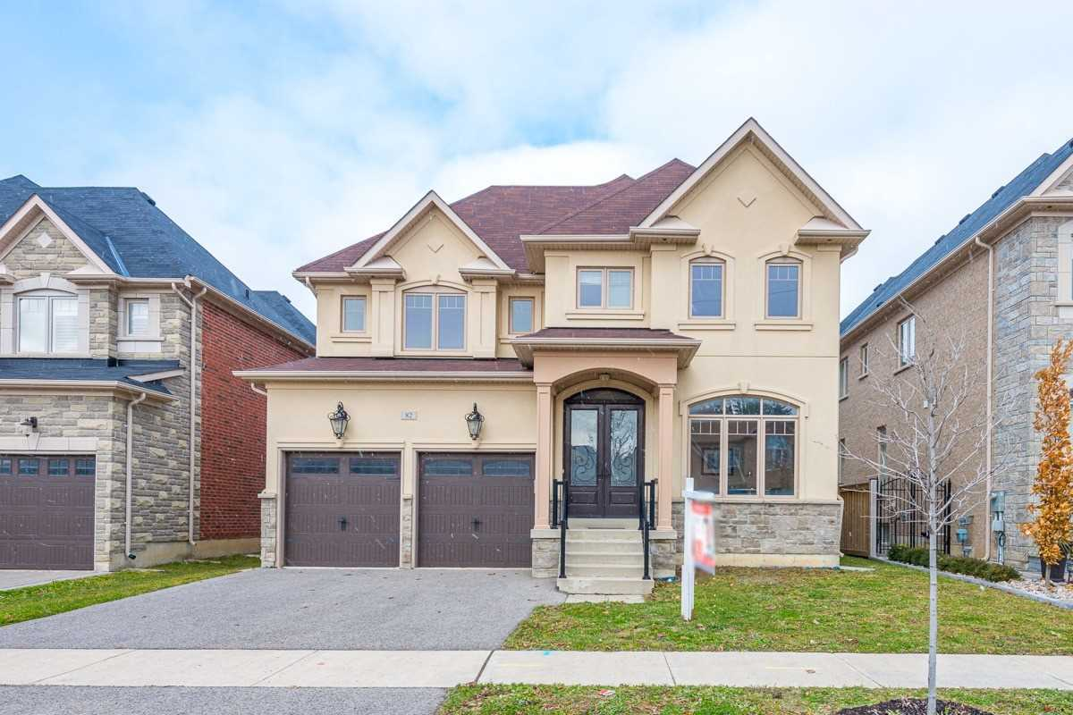 82 Puccini Dr, Richmond Hill N4645239