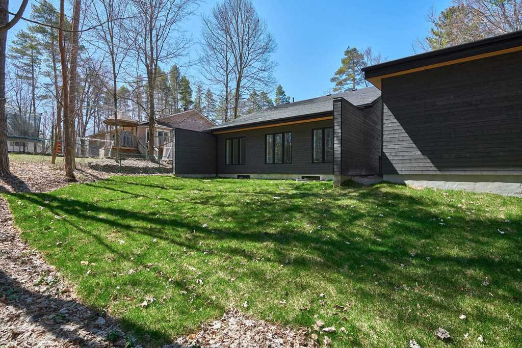 3763 Fairway Rd, Innisfil N4648540