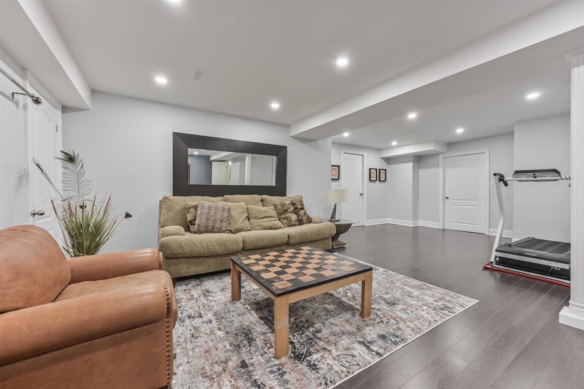 20 Raeview Dr, Whitchurch-Stouffville N4664501