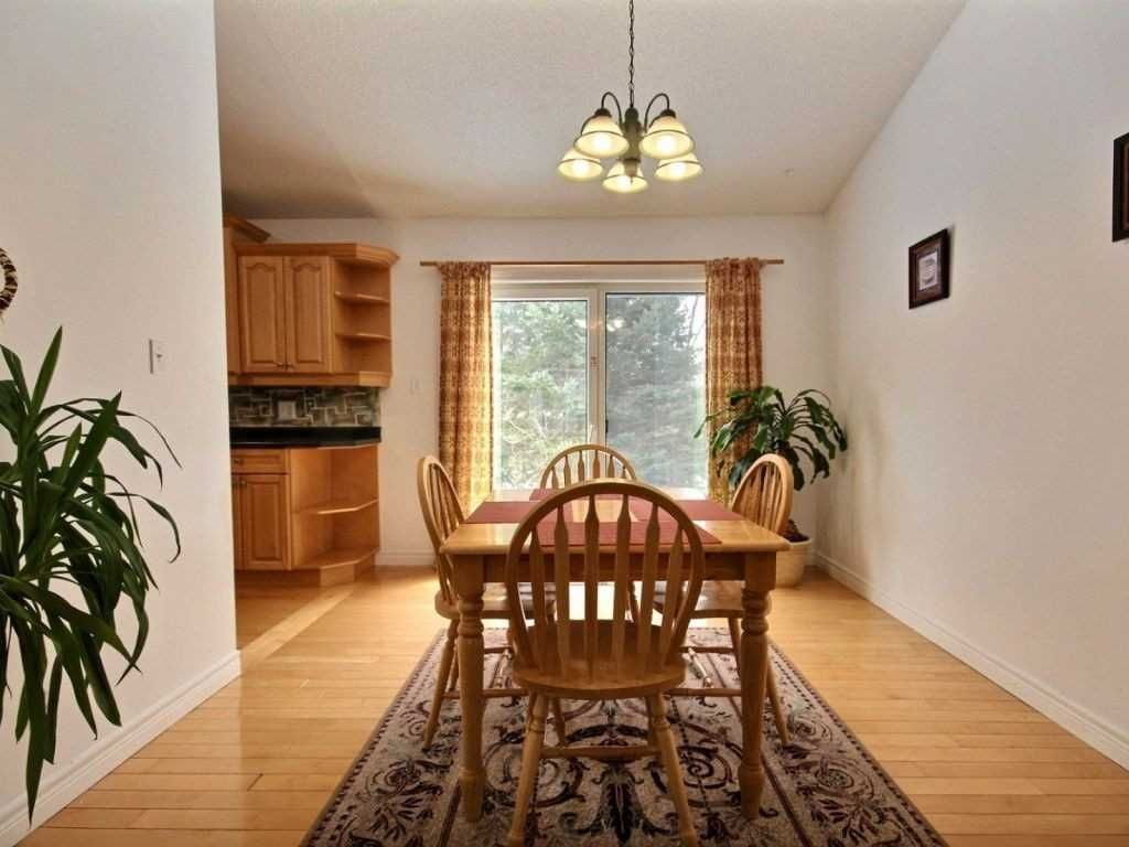 533 Mapleview Dr E, Innisfil N4674917
