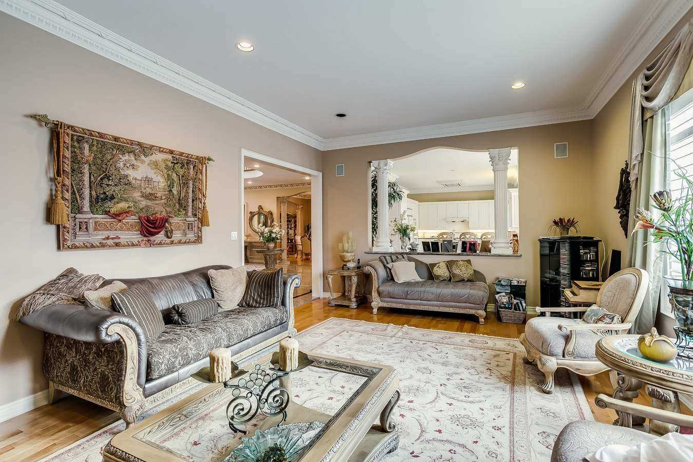 10 Alessia Crt, Richmond Hill N4679145