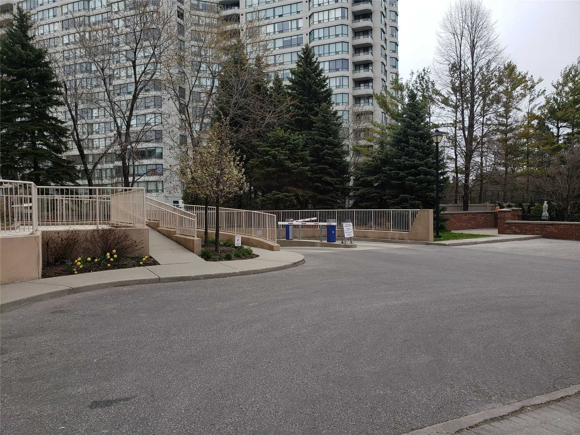 312-745-new-westminster-dr