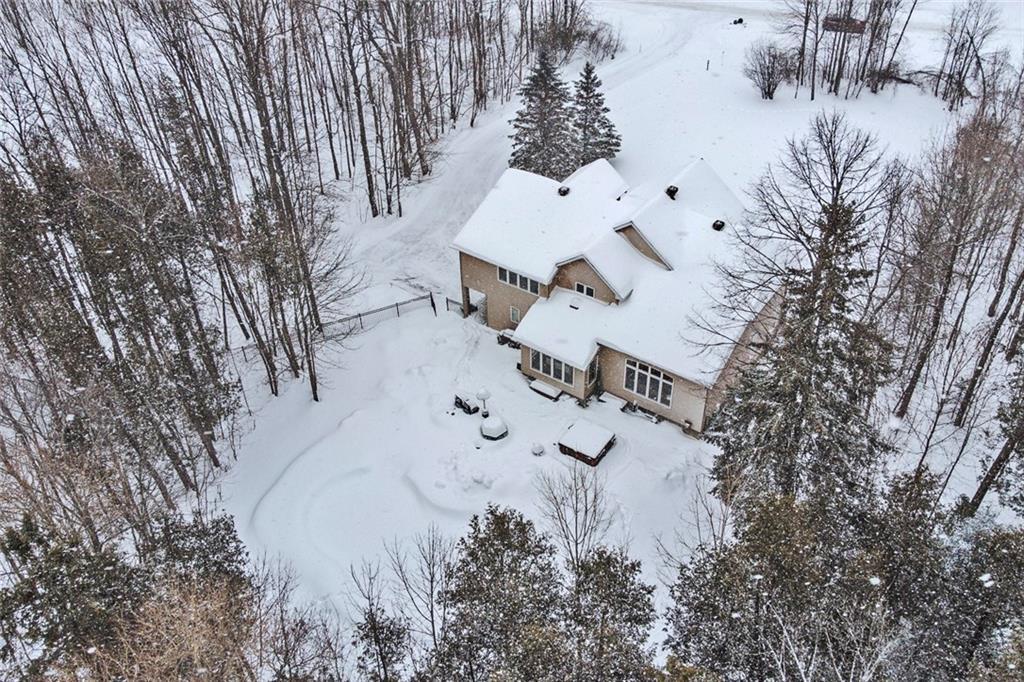 9 FORESTGROVE Drive, Ottawa 1138219