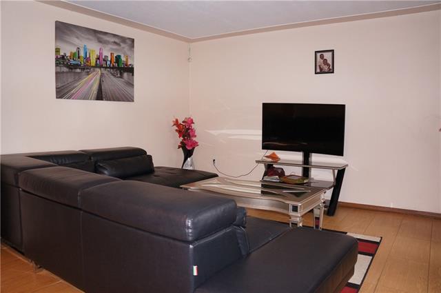 86 Carnaby Crescent, Kitchener 30630889