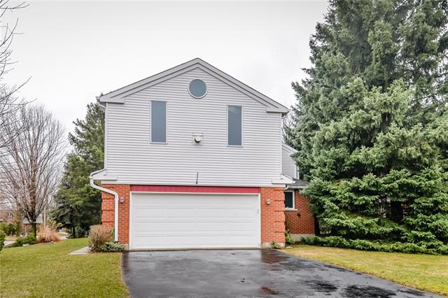 414 Barrington LN  , Waterloo 30635207