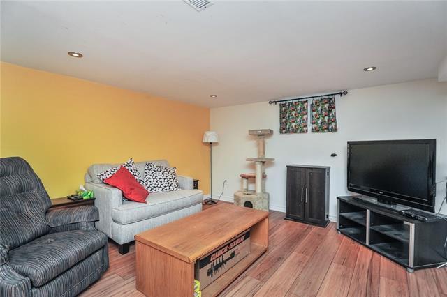 457 DUMFRIES AV  , Kitchener 30673619