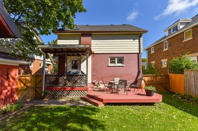 215 WEBER ST E , Kitchener 30690813