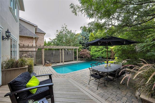 477 BERKLEY CT  , Oakville 30691009
