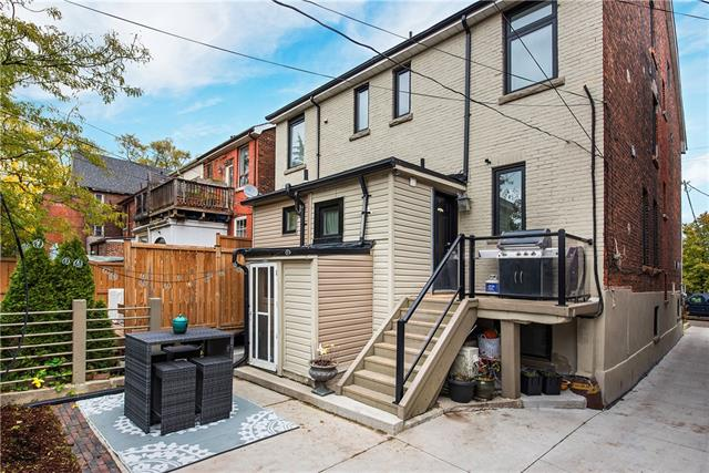 72 CONCORD Avenue, Toronto 30698679