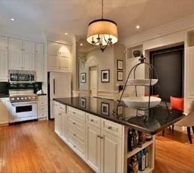 781A Spadina Rd, Toronto C2815934
