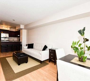 #609 - 225 Wellesley St E, Toronto C3305806