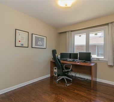 35 Bowerbank Dr, Toronto C3356056