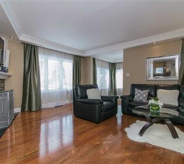 188 Maplehurst Ave, Toronto C3394440