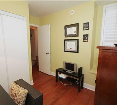 #319 - 415 Jarvis St, Toronto C3408826