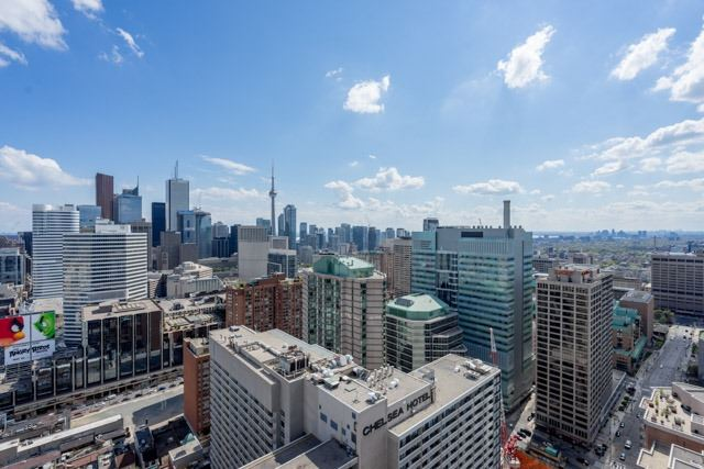 #2809 - 386 Yonge St, Toronto C3513612