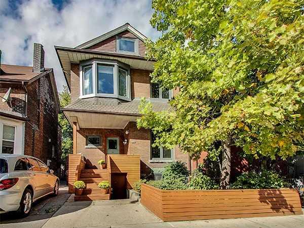 1052 Dundas St W, Toronto C3633547