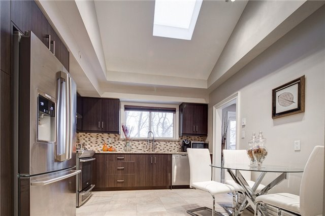 41 Beaver Valley Rd, Toronto C3704041