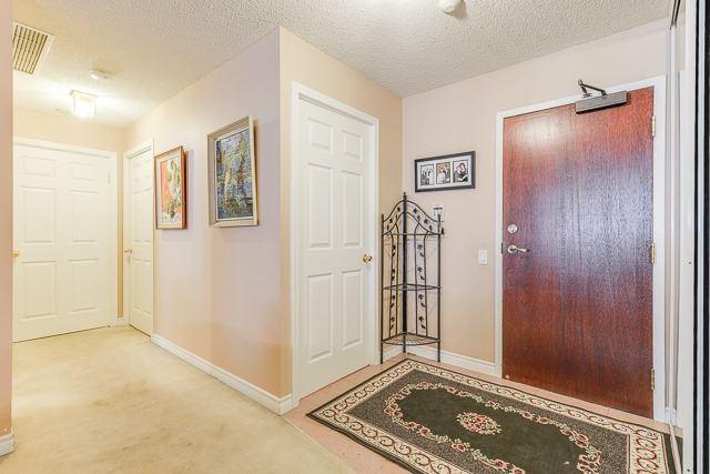 #105 - 8 Covington Rd, Toronto C3800387