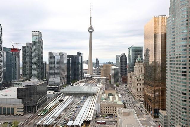 #3202 - 8 The Esplanade Ave, Toronto C3812951