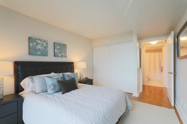 #1003 - 398 Eglinton Ave E, Toronto C3832166