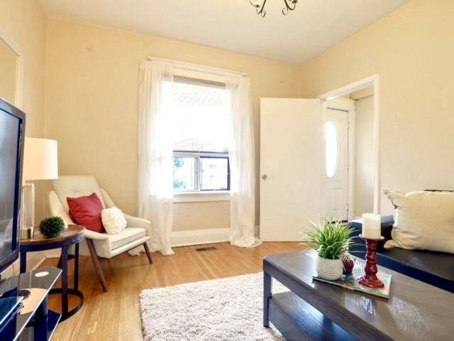 217 Robina Ave, Toronto C3848574