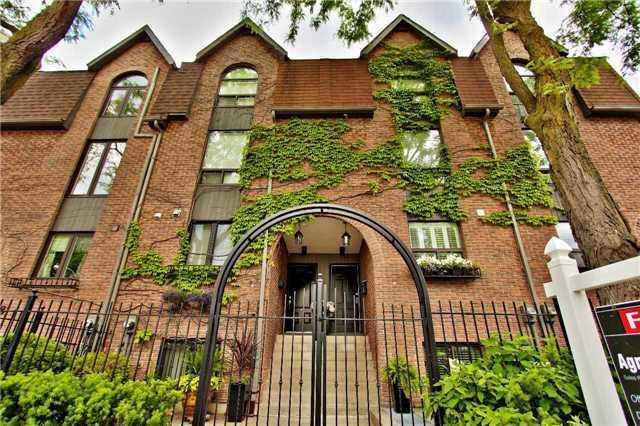 222 Bedford Rd, Toronto C3853254
