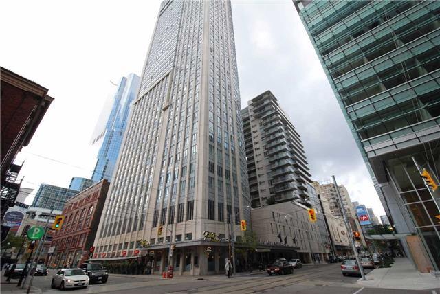 #1012 - 200 Victoria St, Toronto C3858418