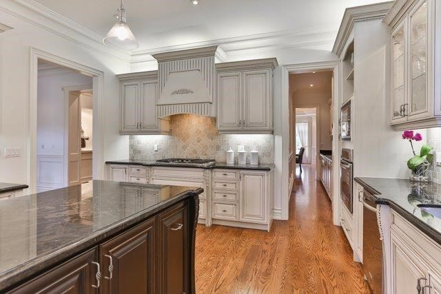 541 Old Orchard Grve, Toronto C3870034