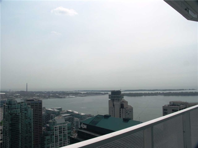 #2705 - 88 Harbour St, Toronto C3911022